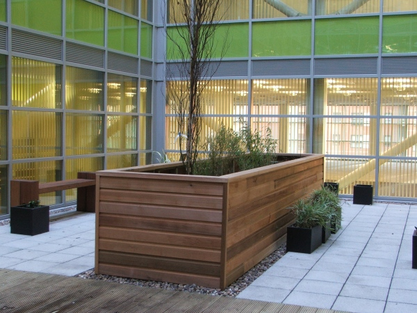 3sixty property services: Decking and planters at the Home Office, Sheffield