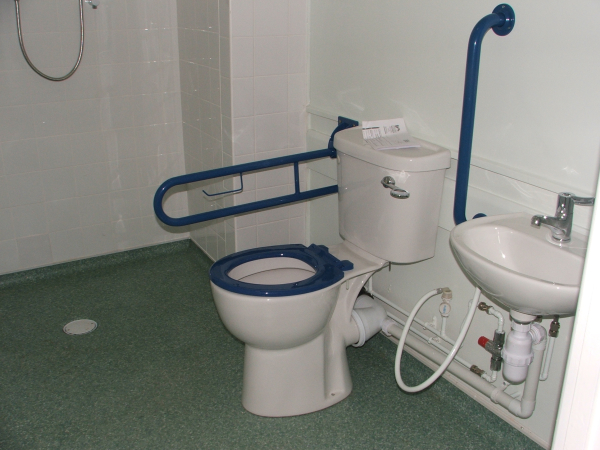 3sixty property services: Windy Arbor school toilets